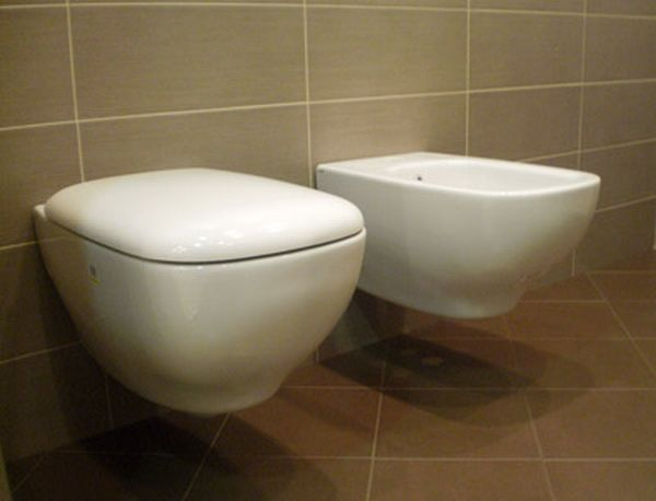 Outlet sanitari serie genesis ceramica globo sospesi mario